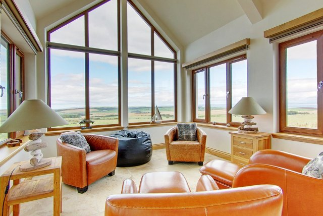 Inchmalloch Holiday Cottage Sunroom