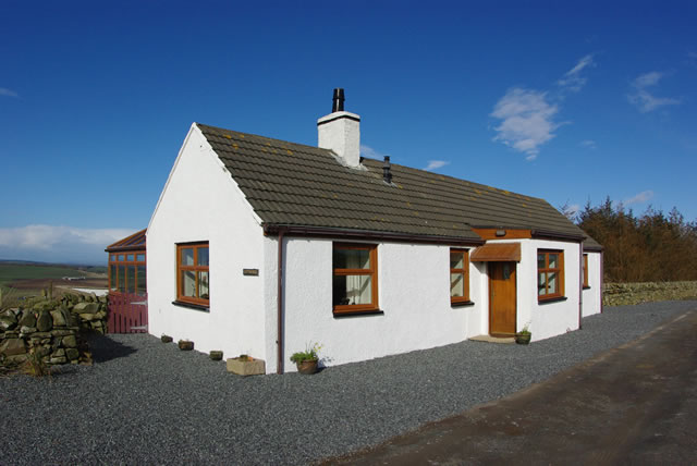 Exterior of The Cotthouse self catering holiday accommodation